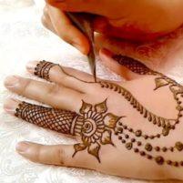 آموزش تصویری طراحی با قیف حنا هندی
