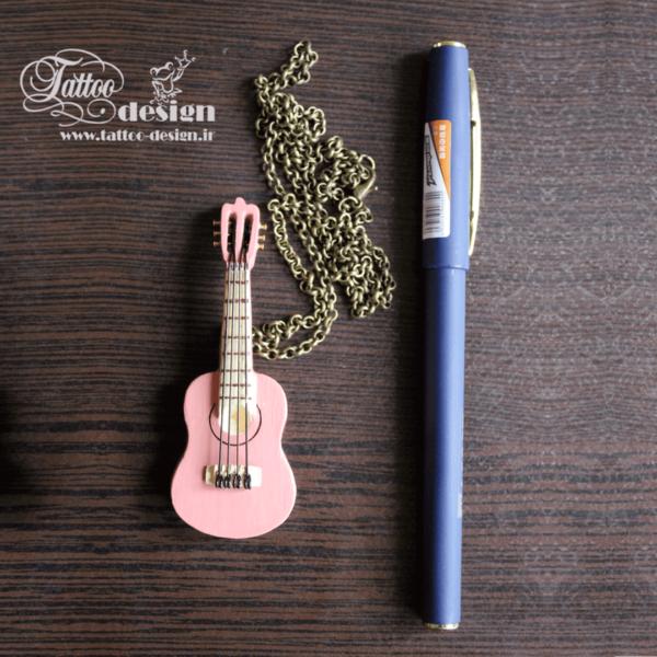 گیتار فانتزی چوبی هنر دست ارزان